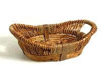 welcome hamper with motor home hire