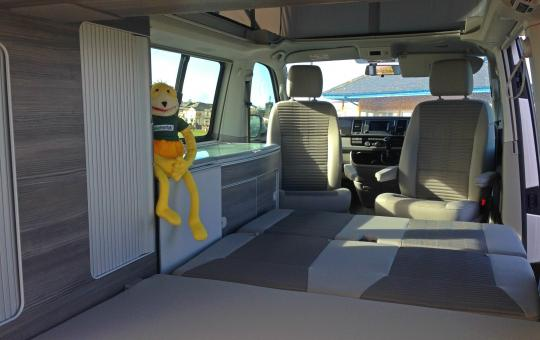 Bed from rear in VW California T6